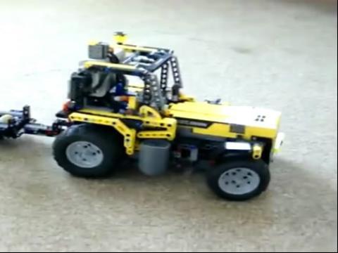 遥控乐高玩具大卡车表演视频