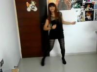 紧身黑丝袜美女热舞