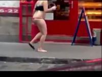 美女们酒醉后衣冠不整出糗视频