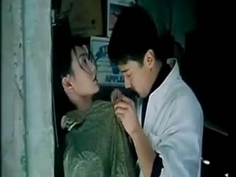 激情tian蜜蜜激情床戏吻戏片段