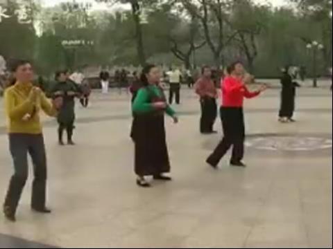 广场舞 红月亮 2013最新广场舞