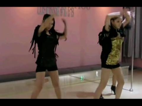 长发美女组合性感美女热舞视频