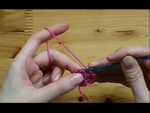 diy手工编织教程:小花朵钩织方法