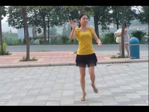 广场舞-水中月亮