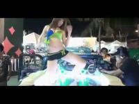 酒吧夜店性感钢管舞――性感美女秀