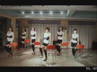 美女钢管舞表演 夜店领舞视频