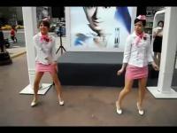 【丝美】两美女包臀短裙肉丝高跟热舞!
