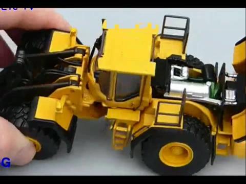 沃尔沃l220模型装载机铲车与大卡车视频模拟表演玩具