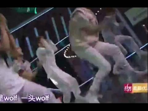 【0818】exo《wolf狼与美女》live