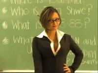 美女性感写真热辣 视频简介:热辣性感的老师让众学生