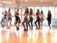 白嫩长腿美女性感热舞