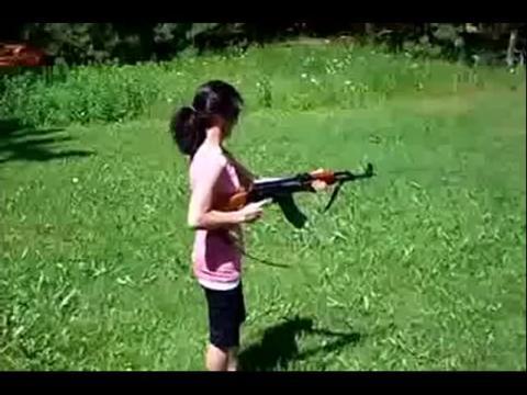 搞笑视频:国外美女打搞笑集锦笑死人