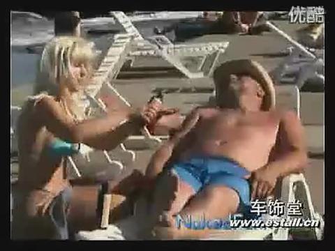 美女海滩搓油恶搞 在线观看