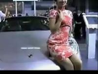 【花心情谊】韩国美女视频超短裙热舞诱惑