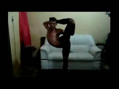 美女柔术视频高清 女性