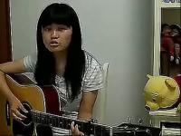 俩美女吉他弹唱小草