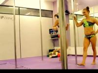 【支帐篷】日本女孩展示钢管舞