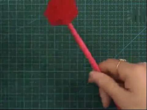 diy手工制作大全-情人节礼物之丝带玫瑰