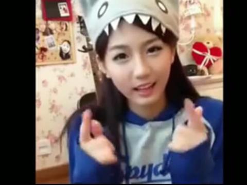 【韩国可爱颂原版mv   可爱颂视频   可爱颂手指舞教学  】 (分享自
