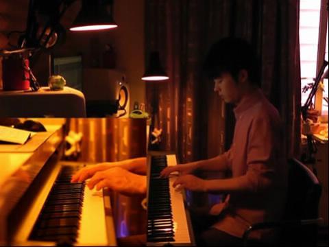 《月半小夜曲》夜色钢琴曲