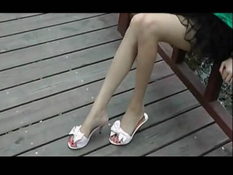 实拍美女肉丝高跟鞋