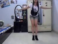 性感超短裤美女热舞