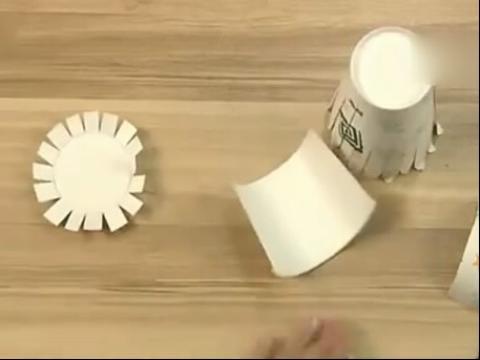 手工diy灯笼 国庆如何用纸杯制作灯笼