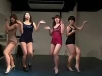 白嫩紧身裤可爱性感美女热舞