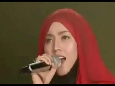 清纯小美女吉他弹唱《宝贝》妹子你彻底萌到我了!