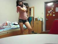 超短裤美女热舞 视频在线观看